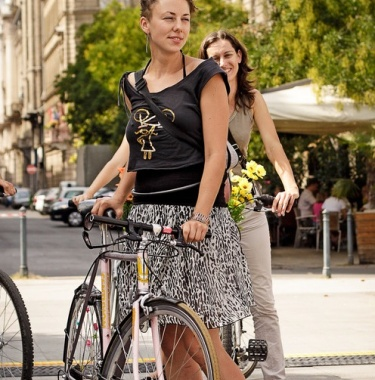 sightseeing in budapest, bike budapest,