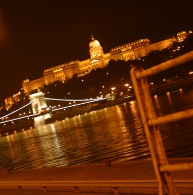 Last minute tipsy budapest tour