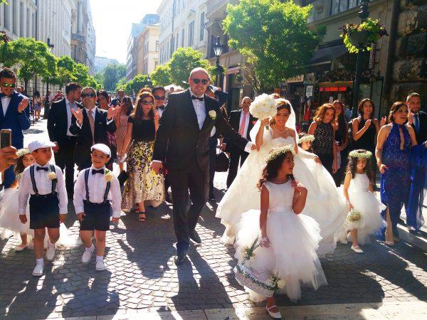 Boldogan éltek… – Esküvő Budapesten